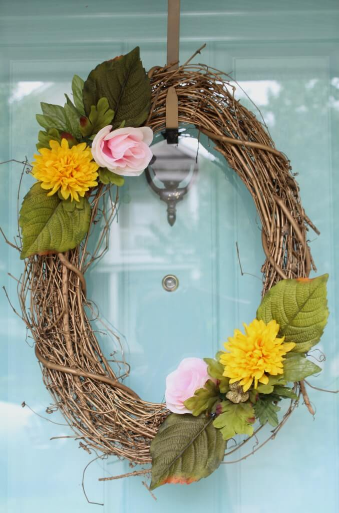 A Pink and Yellow Autumnal Wreath