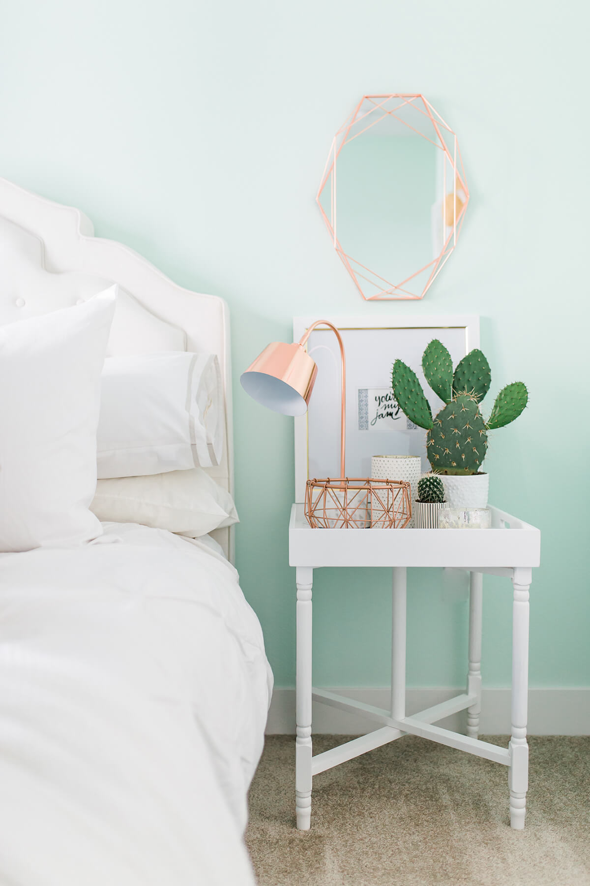 Pastel Chic Simple Bedroom Decor