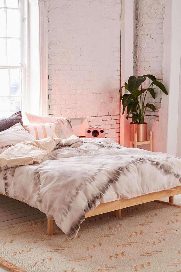 Industrial Themed Modern Bedroom Decor