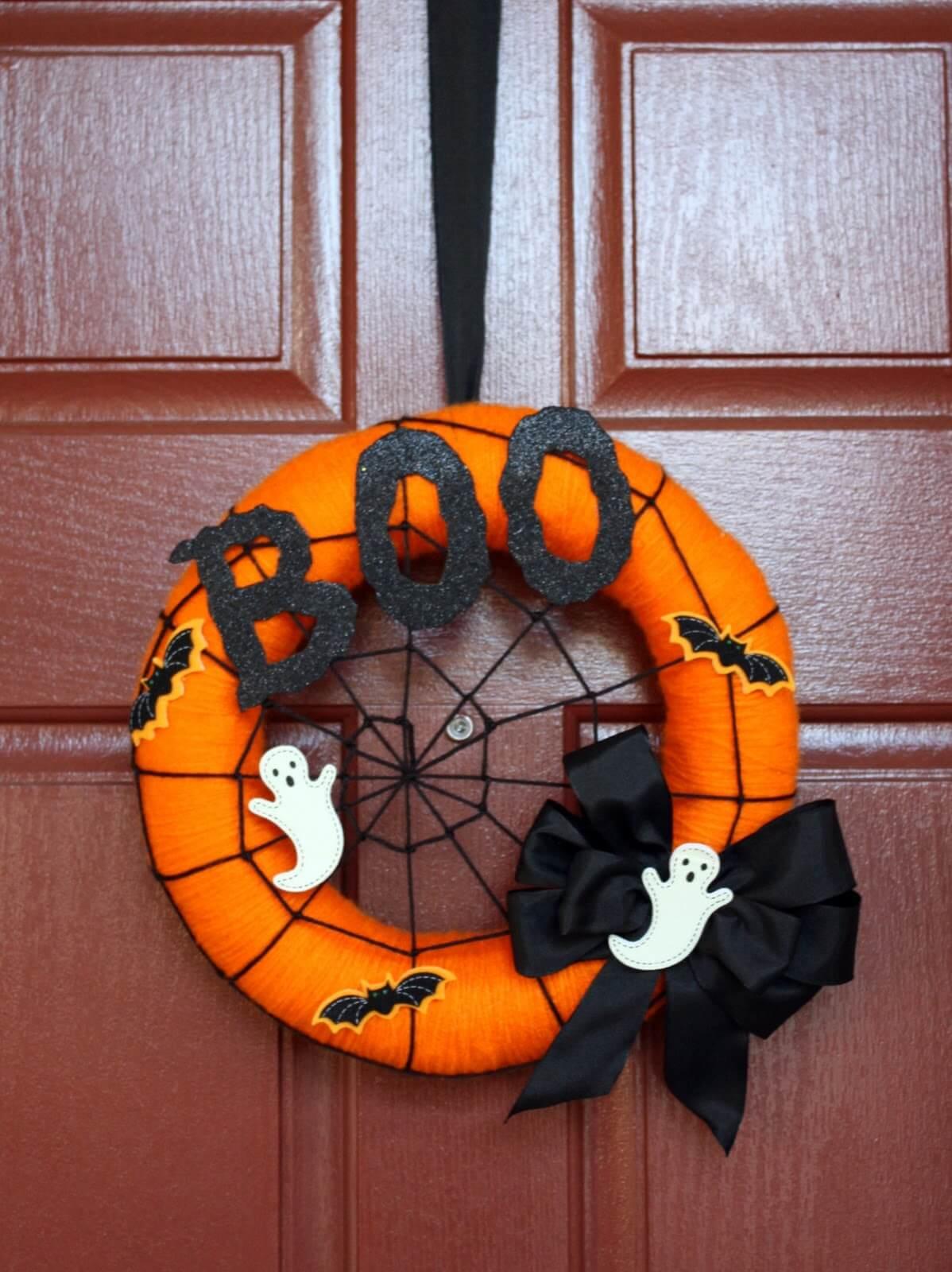 A Spooky Halloween Ghost Wreath