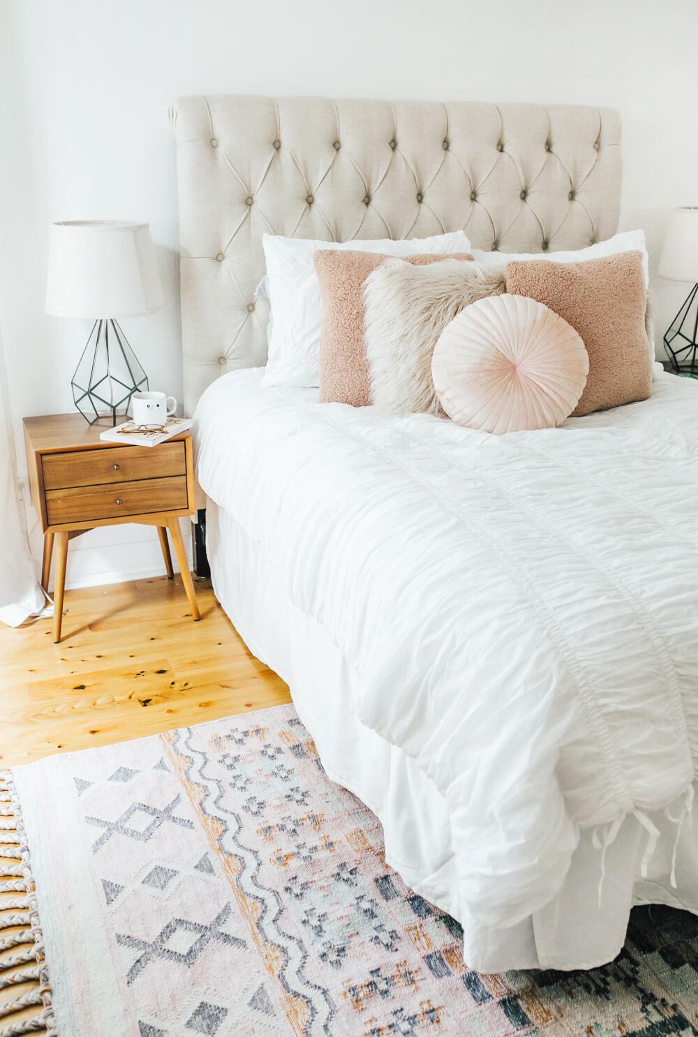 Pastel Geometric Themed Bedroom Decor