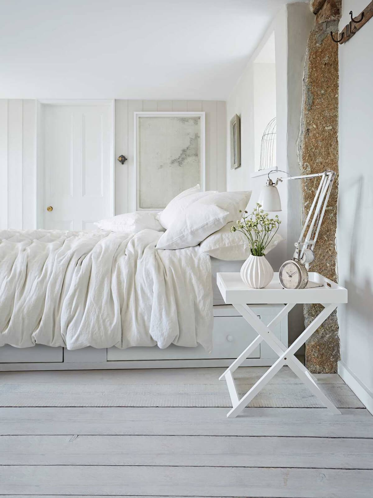 All White Linen Bed Set