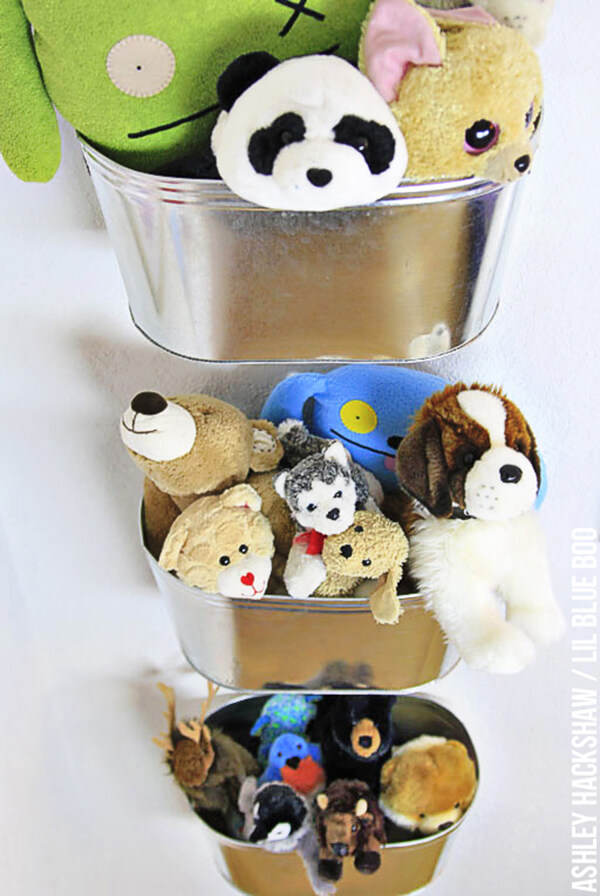 Hanging Metal Bins for Stuffed Animals