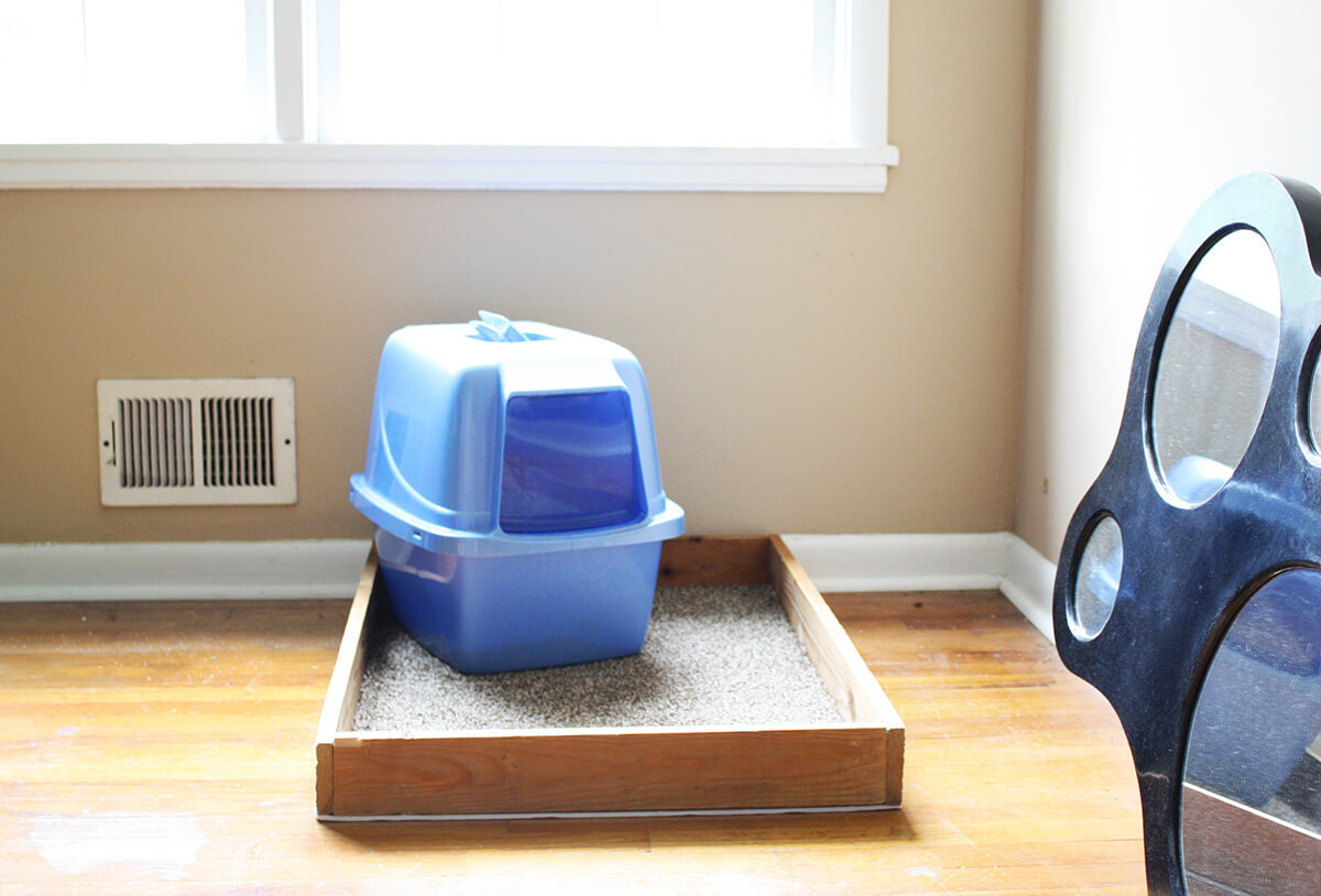 DIY Pet Litter Box Holder