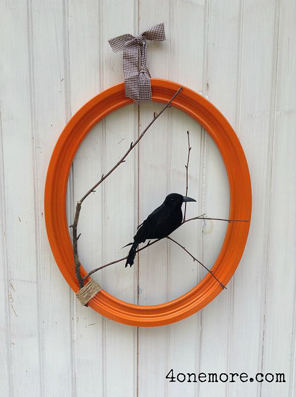 Simple Bird On A Tree Wreath