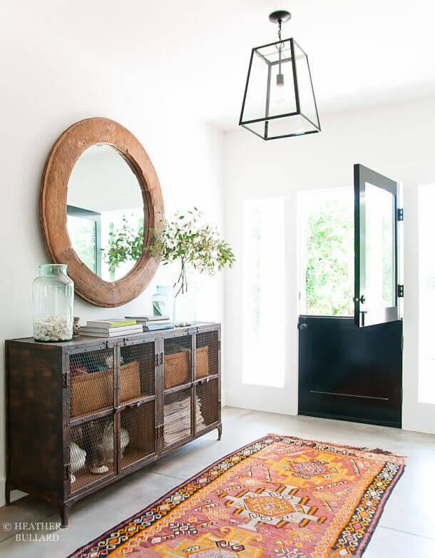 Terra Cotta Frame Keeps Room Earthbound