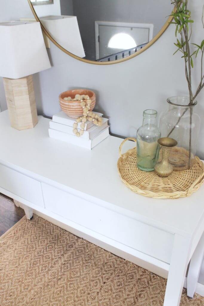 Clean Console Table with a Fresh Vibe