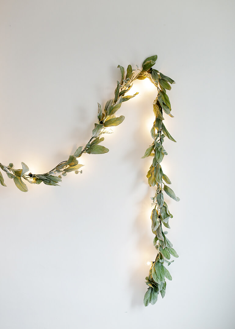 A Simple Backlit Garland