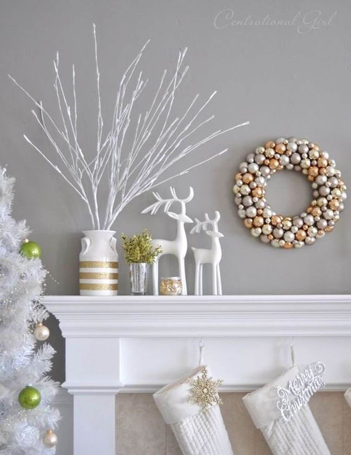 17 Best Gold Christmas Decor Ideas And Designs For 2021
