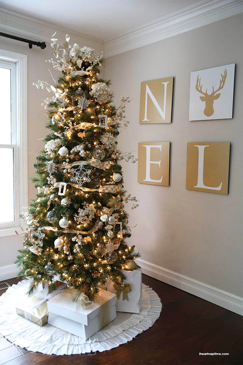 Christmas Tree with Four-piece Letter Art
