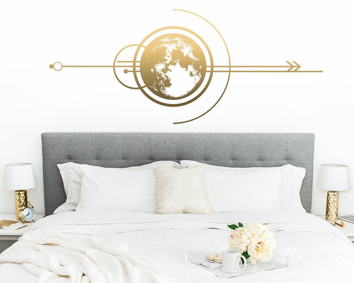 Modern and Chic Moon Décor