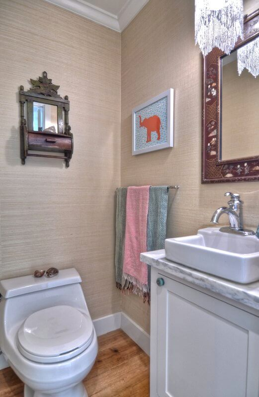 Traditional Eclectic Bathroom Design with Personal Touches
