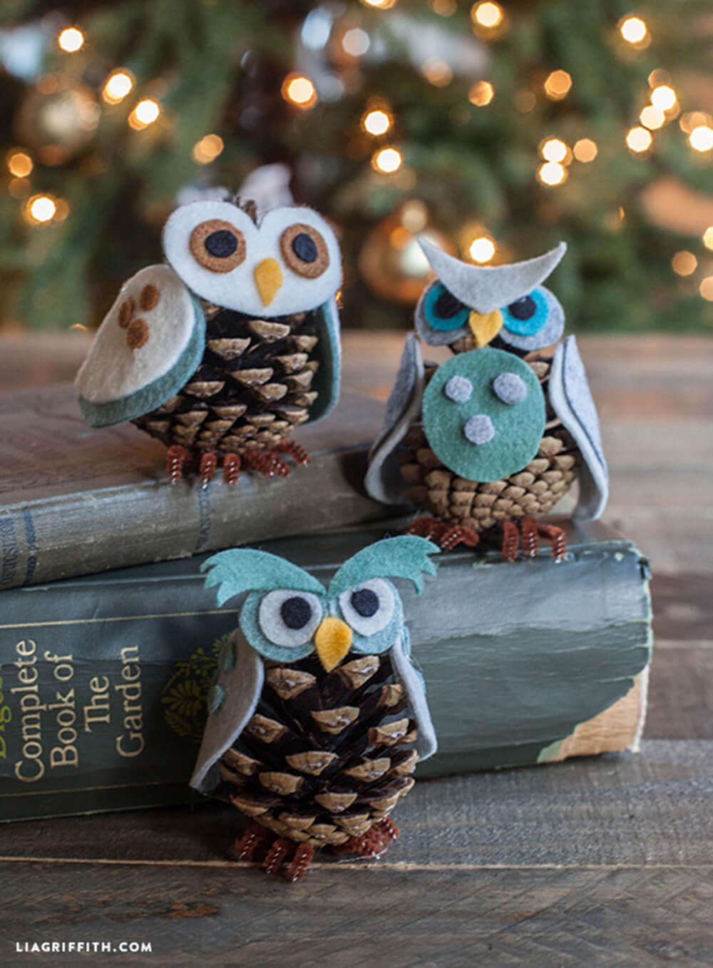 Pinecone Felt Owl Christmas Adornment