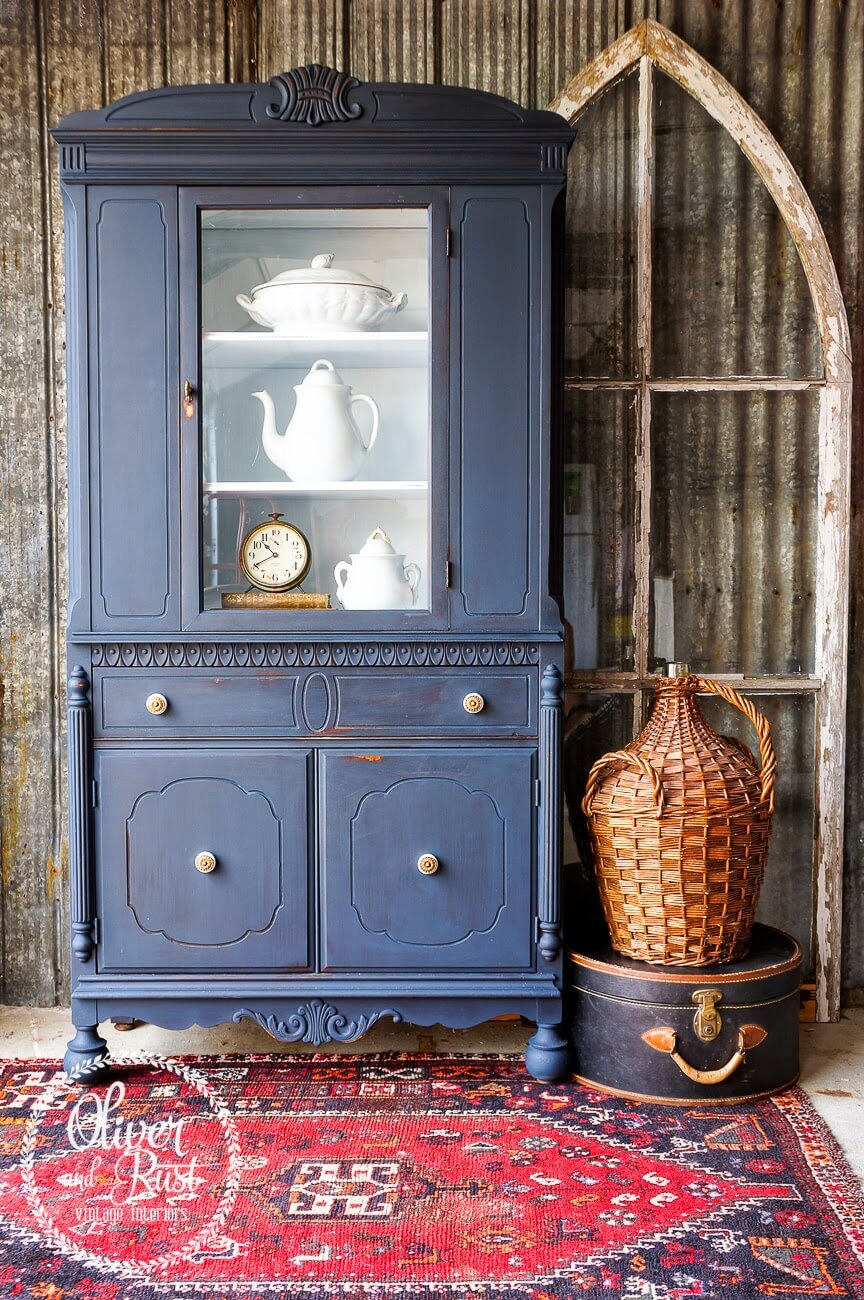 Dark Blue Paint For Unique Modernity
