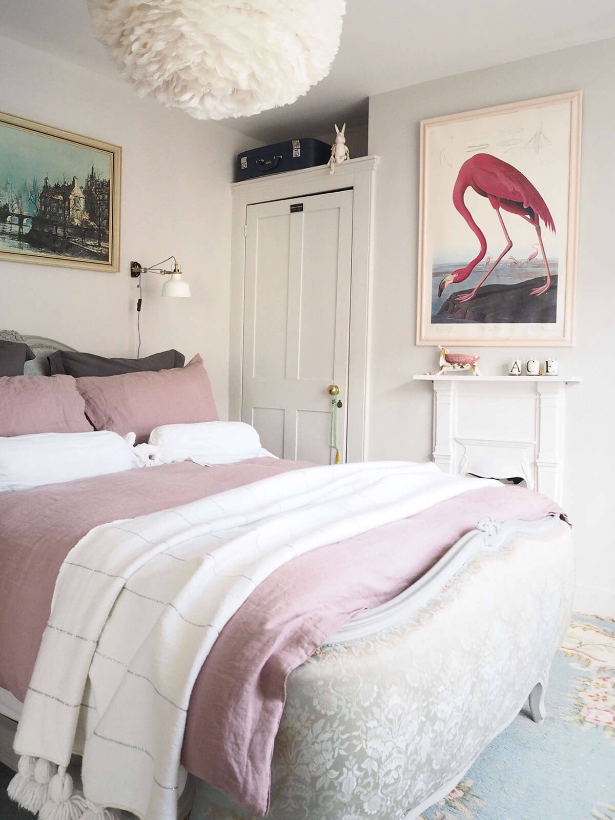 Styled & Sophisticated Pink Bedroom Décor