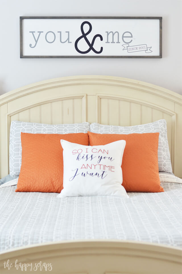 Bedroom Décor Ideas with Pops of Color