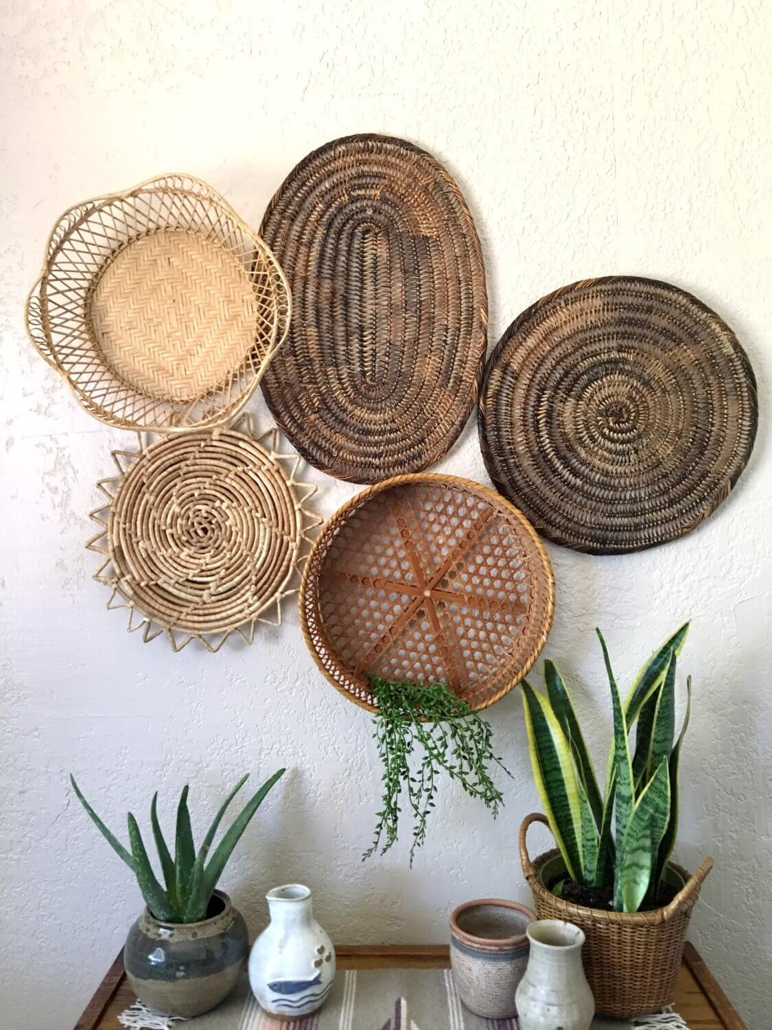 A Beautiful Wall Art Gallery Using Baskets