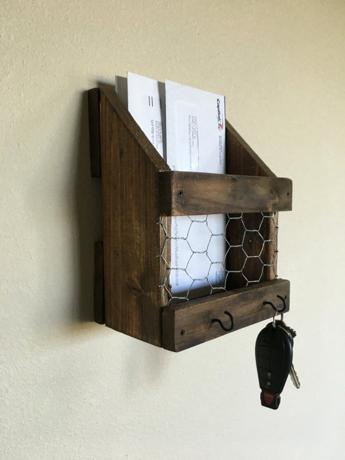 Reclaimed Wood Mail and Key Organization