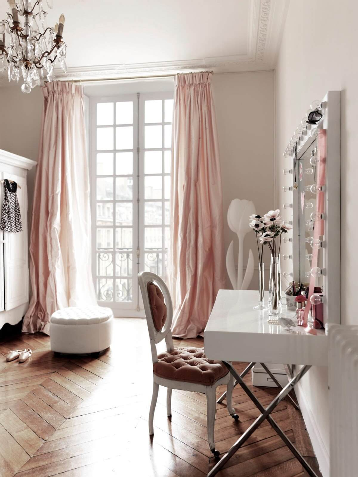 Romantic Dressing Room in Parisian Pink