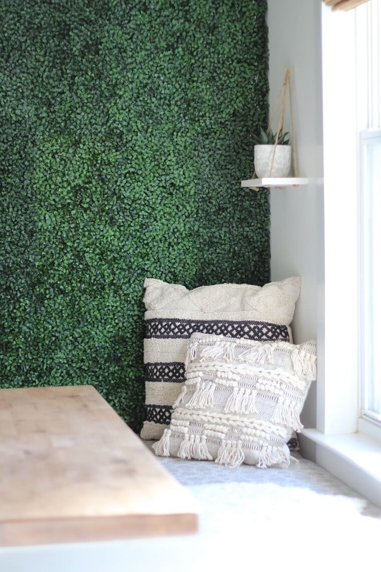 Artificial Boxwood Accent Wall Design