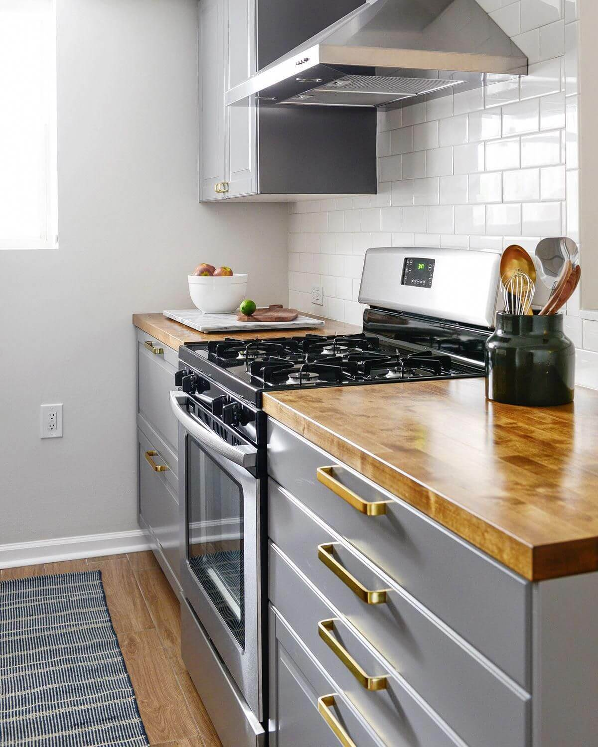 Wooden Counters and Stainless Steel Storage