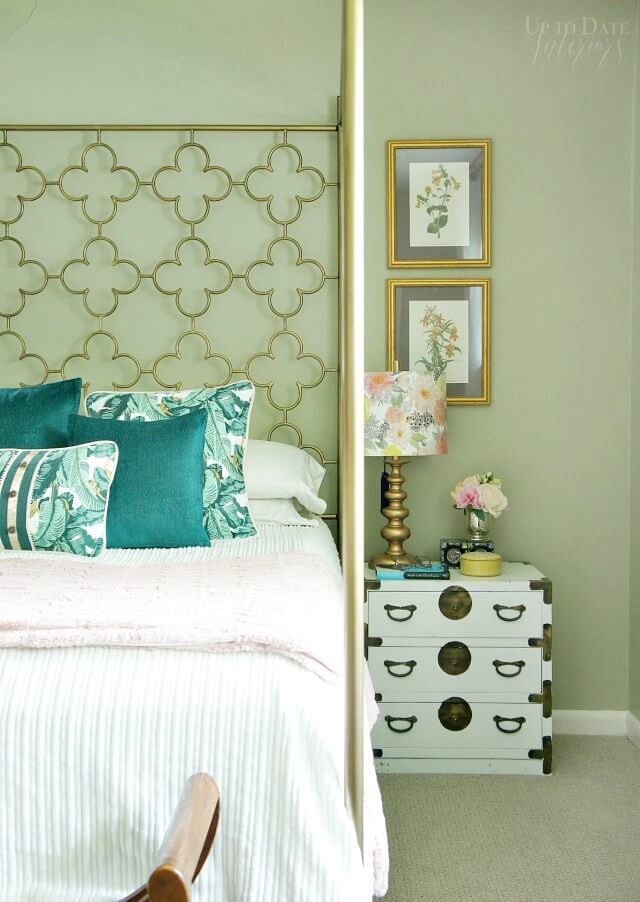 Peachy 18 Best Green Room Decor Ideas And Designs For 2019 Download Free Architecture Designs Lukepmadebymaigaardcom