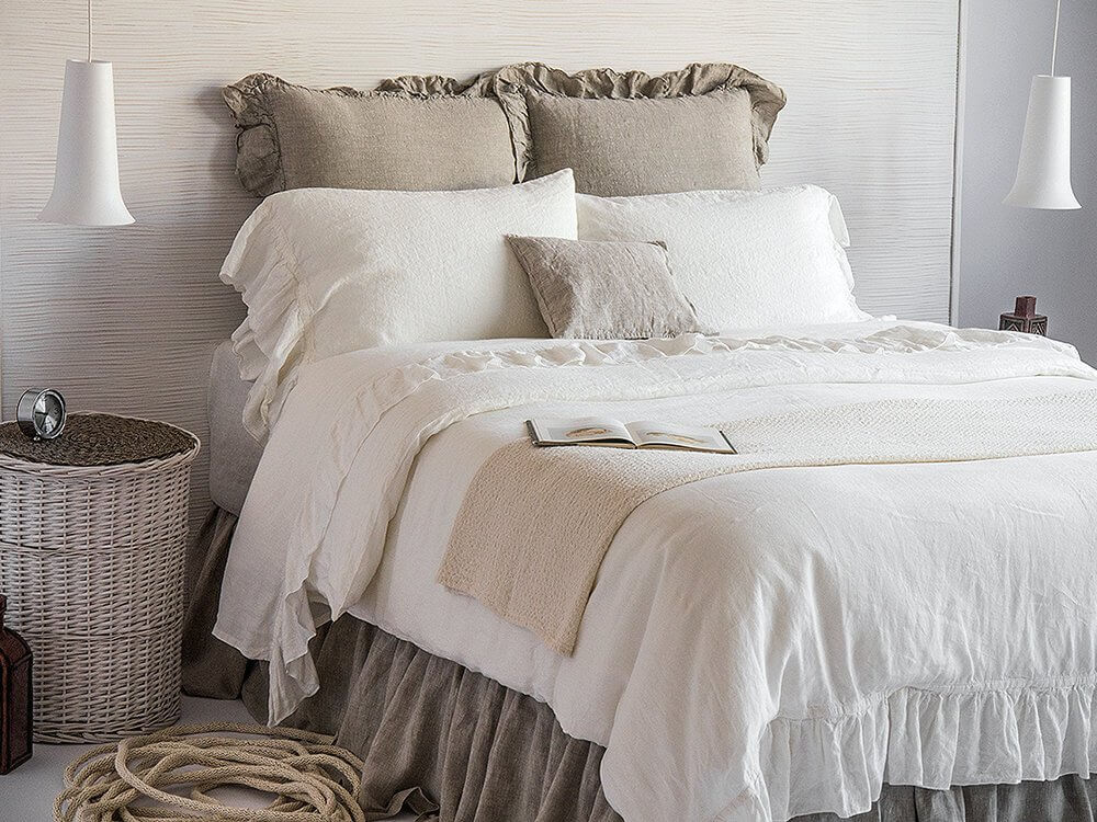 Pretty and Delicate Vintage French Style Duvet