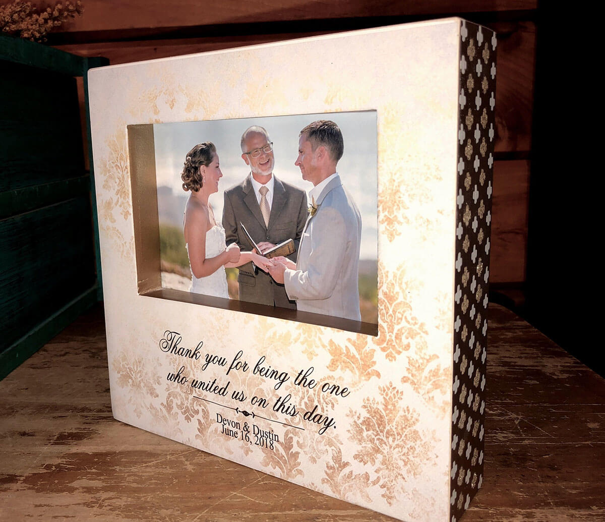 Recessed Photo Memory Frame for Wedding Officiant