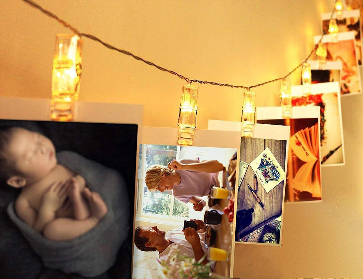 Lighted Hanging Photo Clips