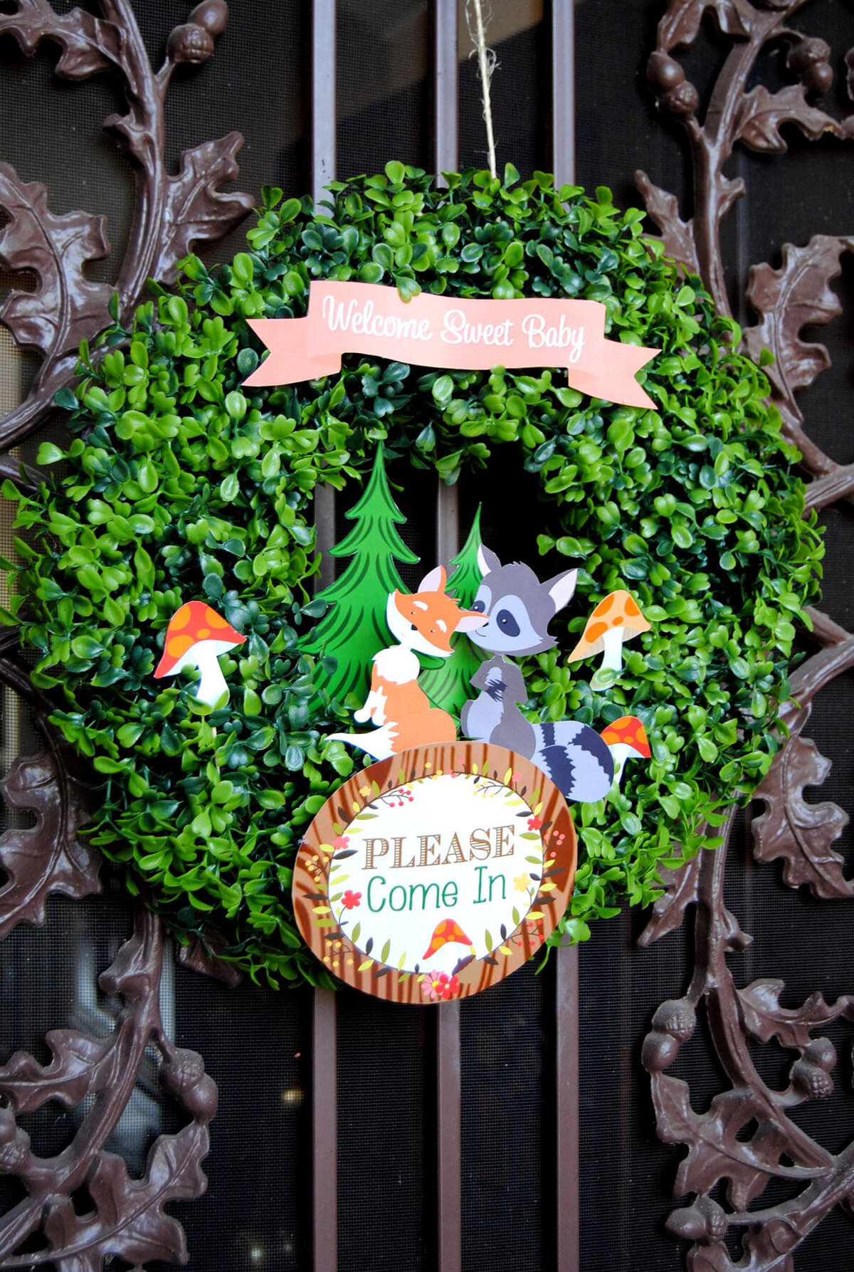 Child-Friendly Wreath with Cartoon Characters