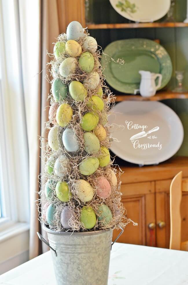 Darling Farmhouse Easter Egg Topiary