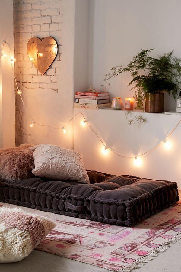 Comfy Padding and Soft Lights