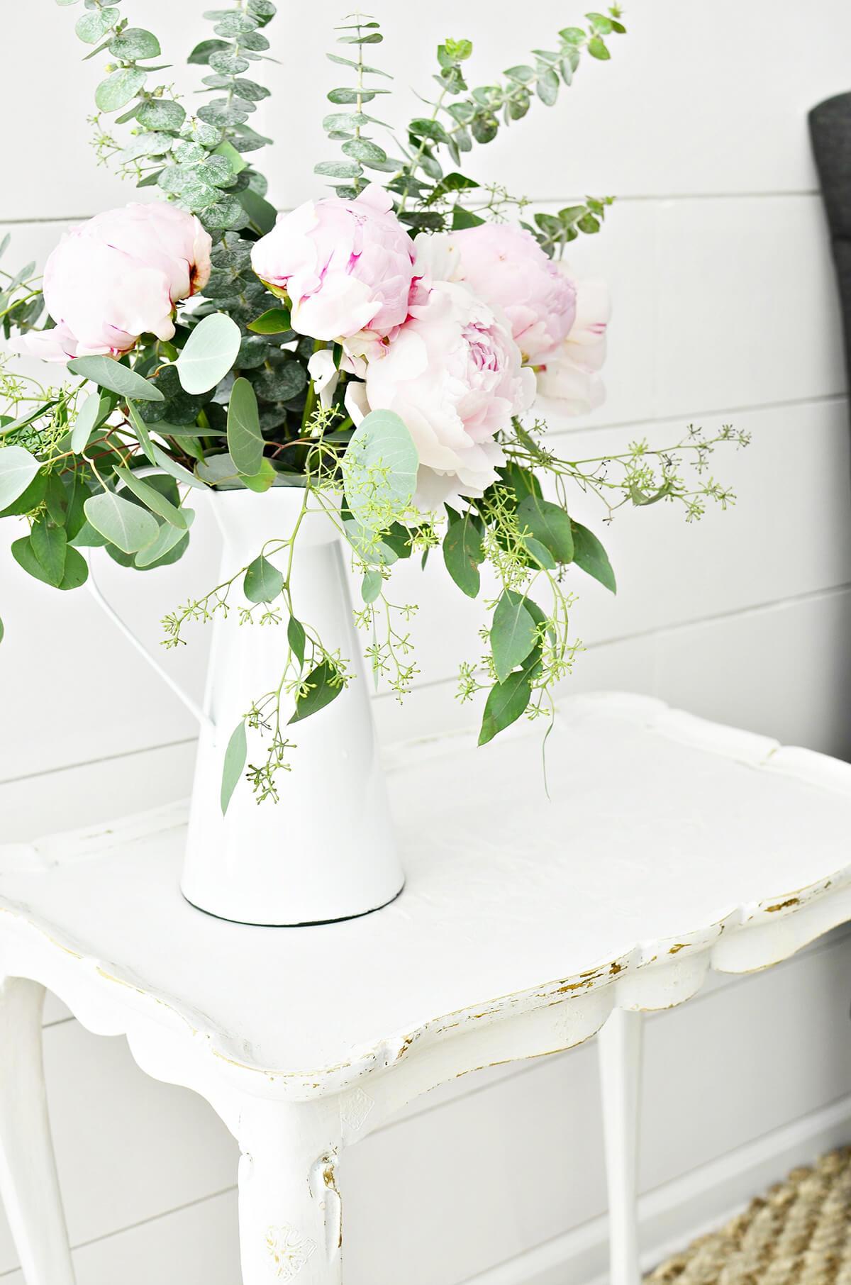 Elegant Vase with Pink Flowers