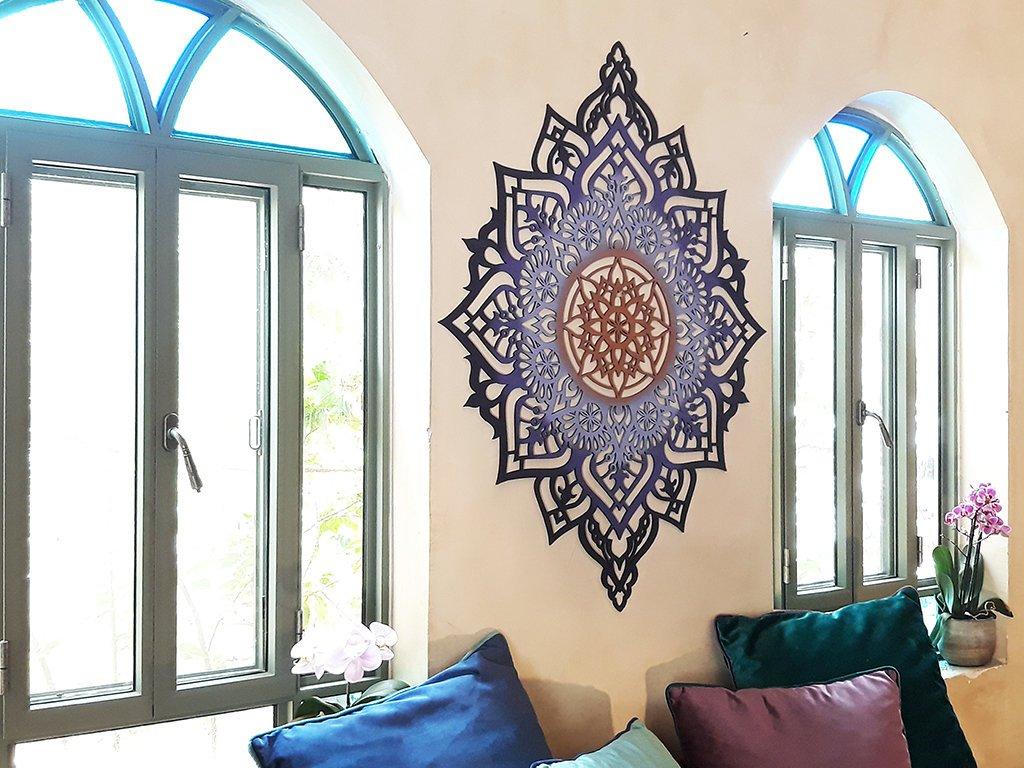 Beautiful Decorative Wall Piece