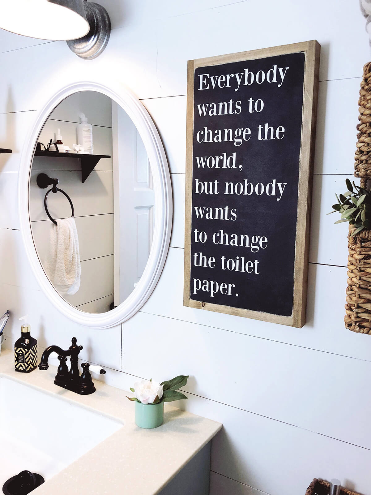 35+ Best Bathrooms Sign Ideas and Designs for 2020