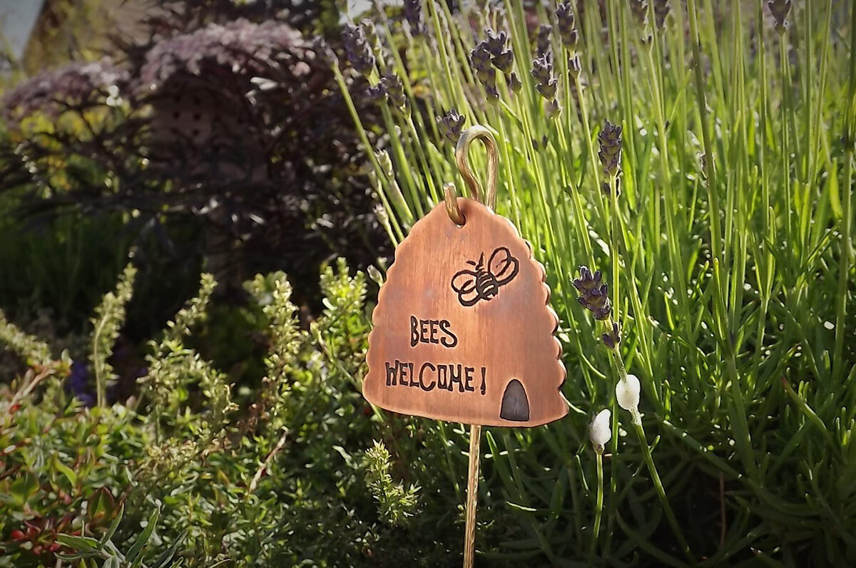 """Bees Welcome!"" Honeycomb Garden Sign"