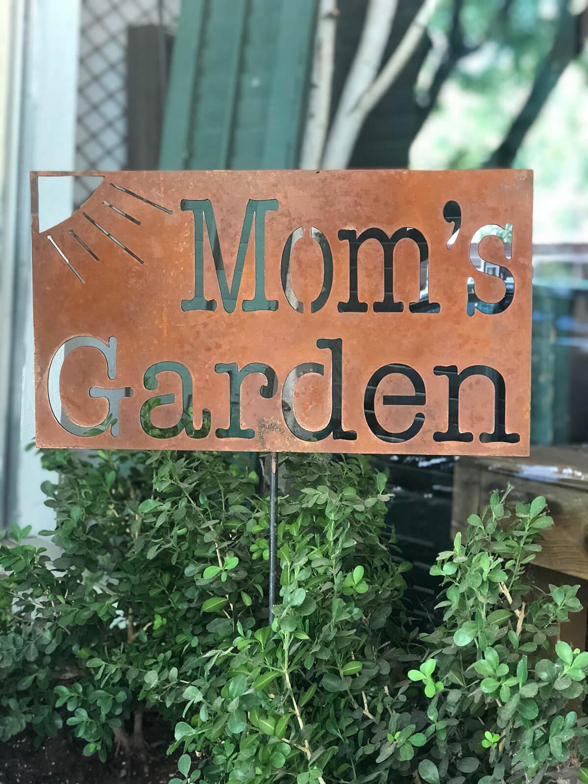 """Mom's Garden"" Stake Sign"