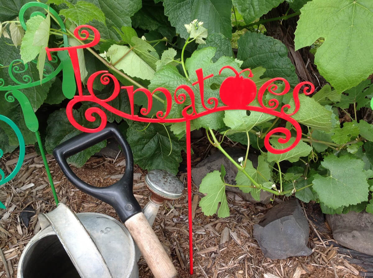 "Metal ""Tomatoes"" Garden Sign"