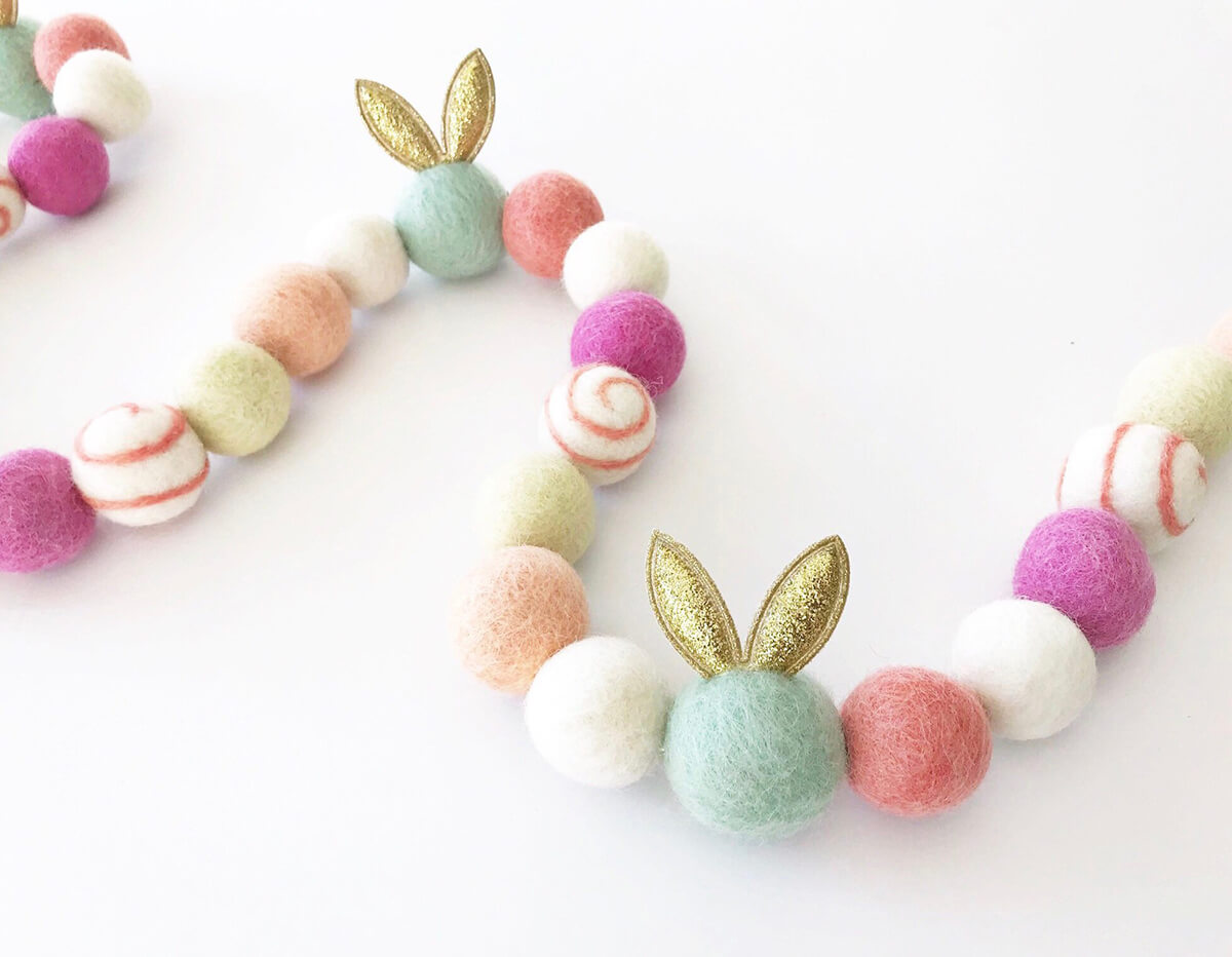 Cheery Felt Ball and Bunny Garland