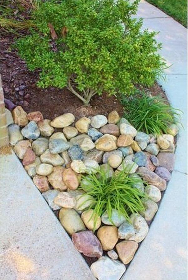 Beautiful River Stone Mulch Alternative
