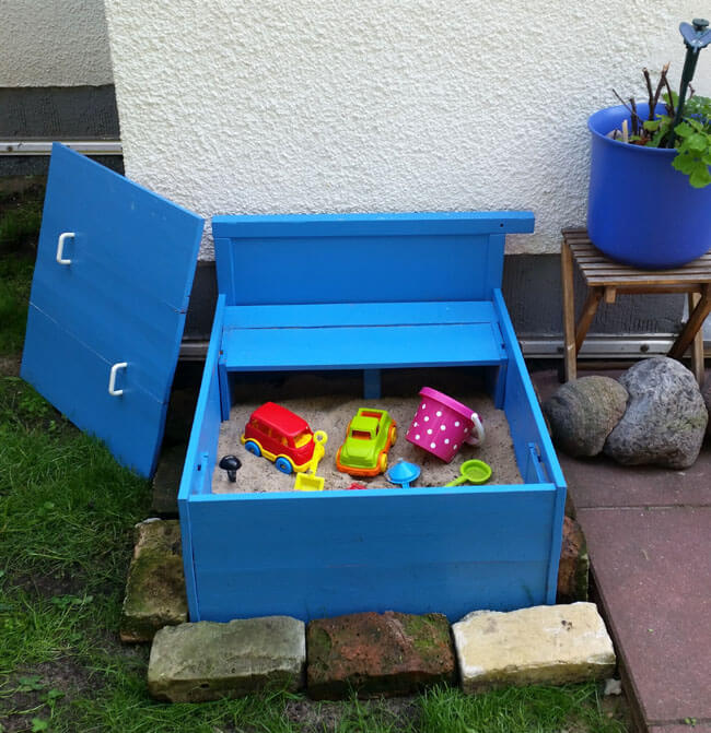 Intimate Up-cycled Sand Box with Removable Lid