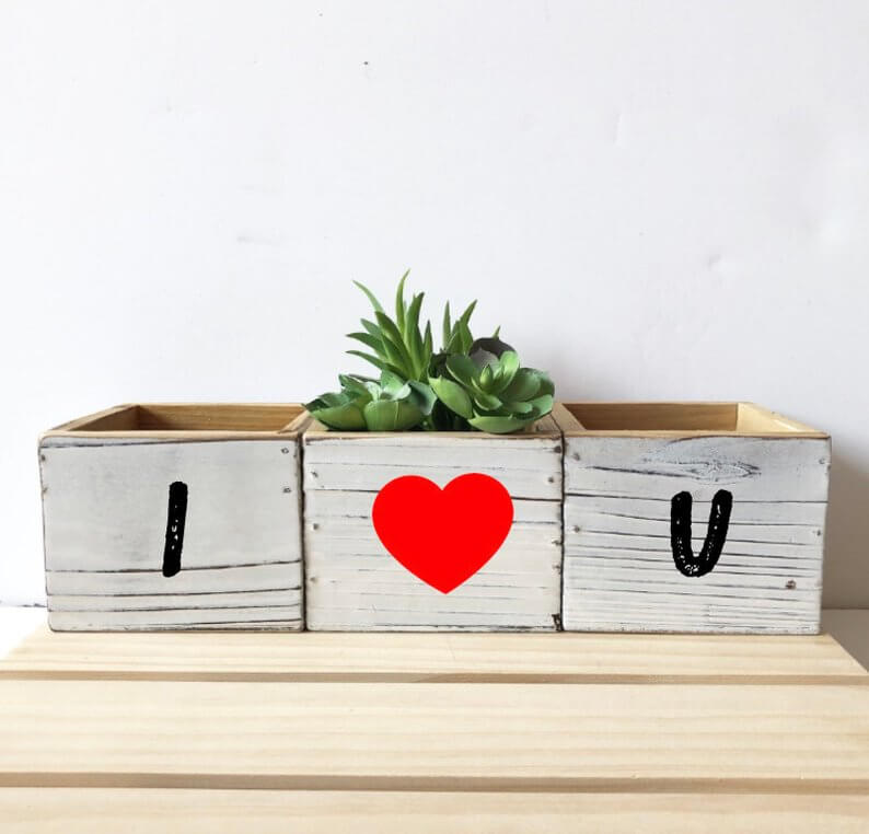 Totally Customizable Decorative Boxes
