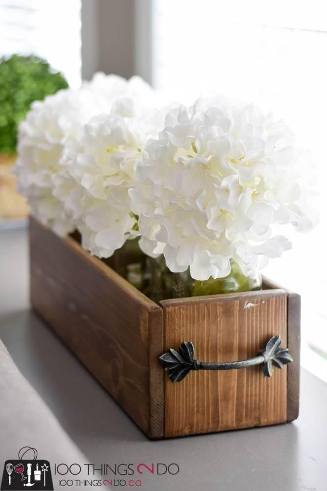 DIY Cedar Fencing Flowerbox Centerpiece