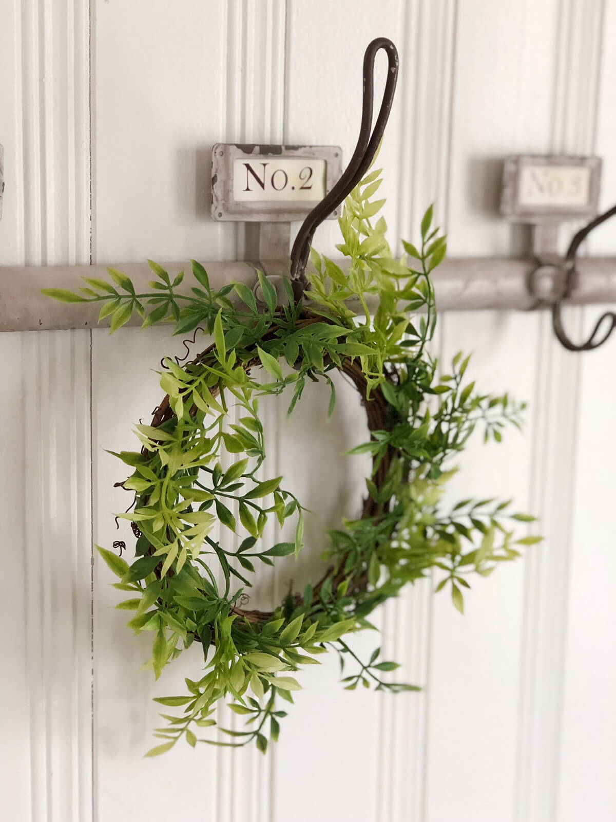 Greenery Wreath for an Enchanting Summer Touch