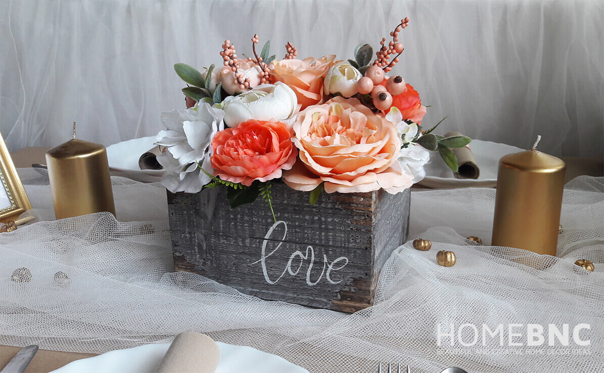 DIY Quick Wood Box Flowerbox Centerpiece