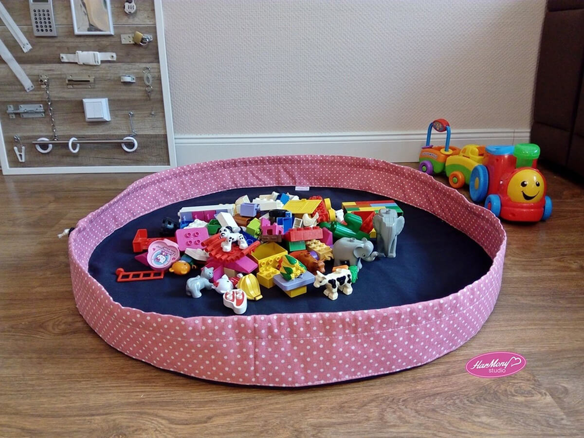 Play Mat and Bag in One Toy Storage