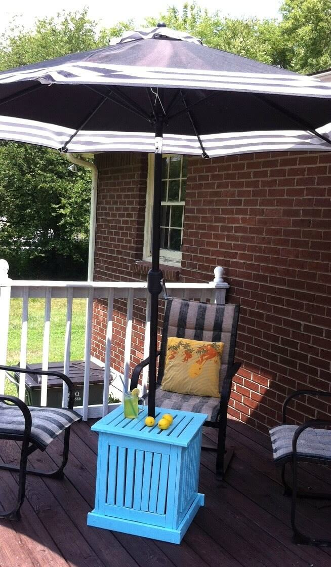 Bright and Sturdy Crate Umbrella Stand