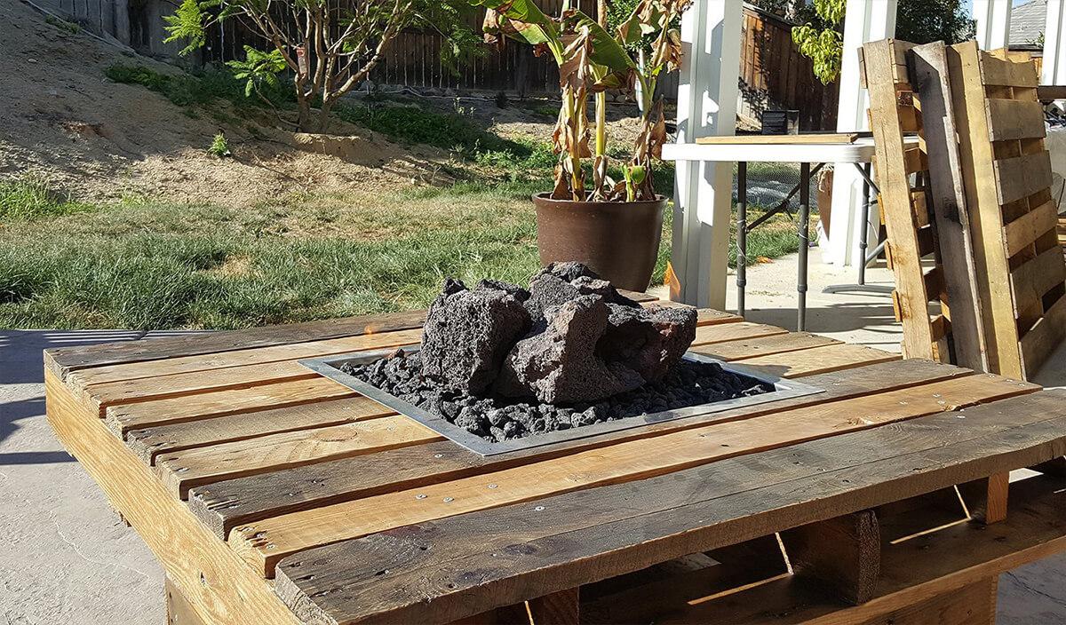 Rustic Wood Pallet Fire Pit