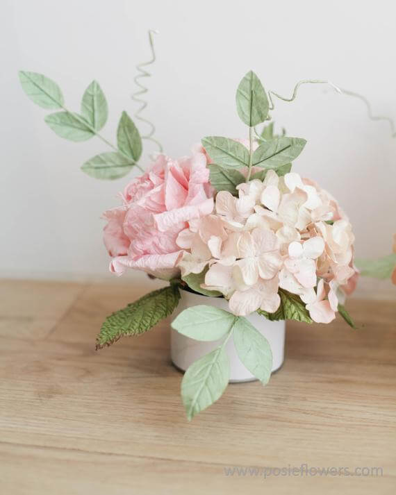 Lifelike Gentle Paper Flower Arrangements