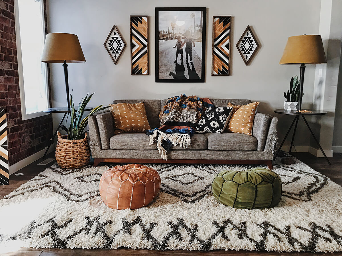 20 Best Small Apartment Living Room Decor and Design Ideas for 2019